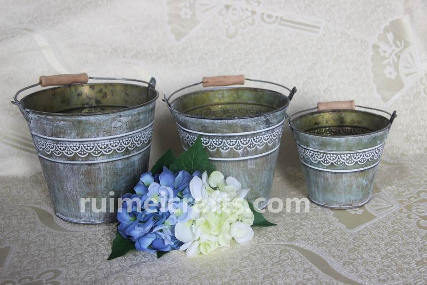 Round Antique Metal Flower Pot With Handle