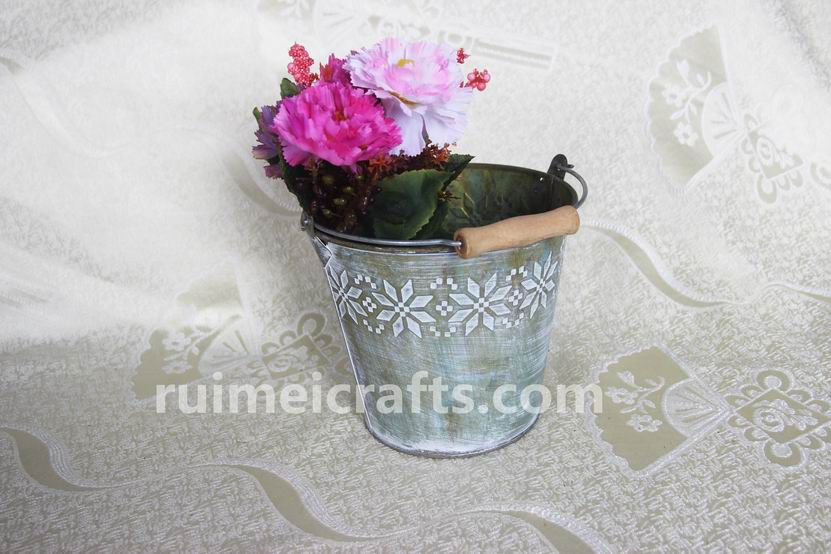Antique Iron Flower Pots With Handle