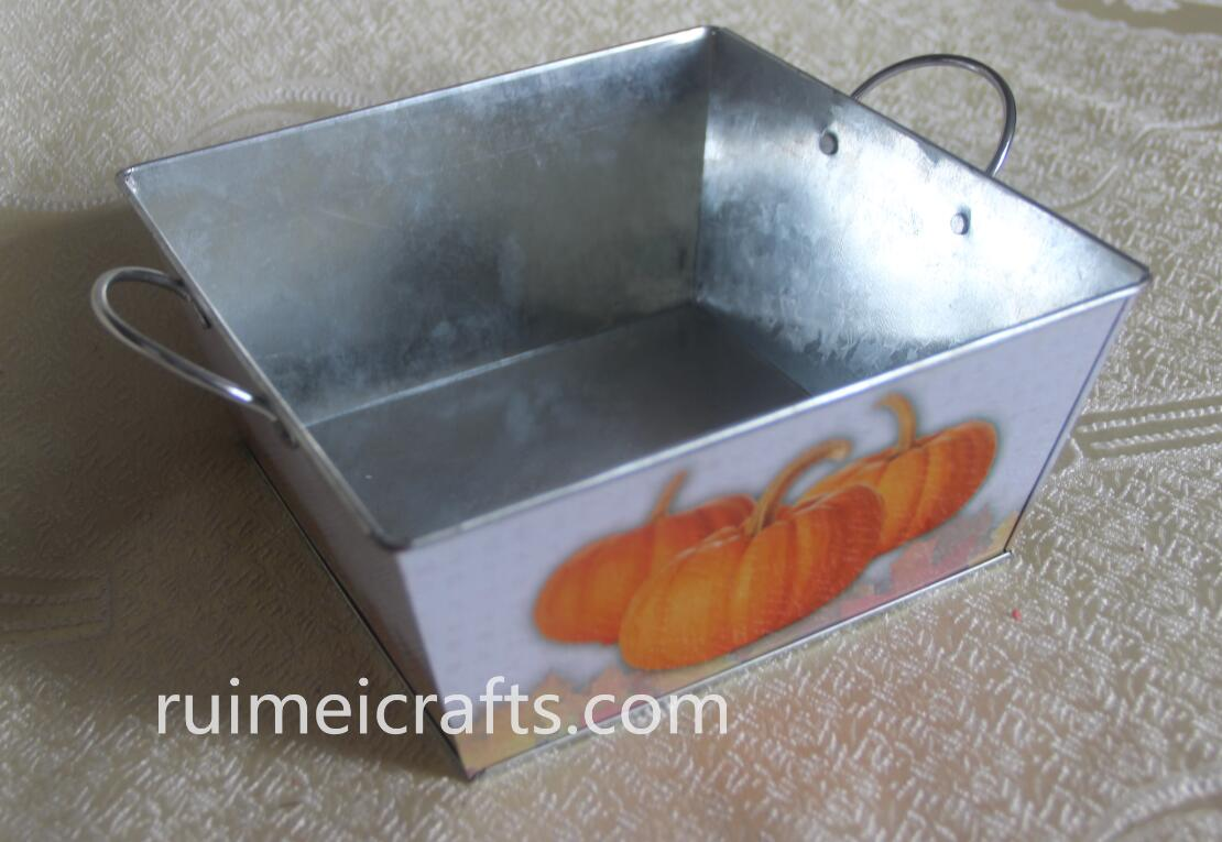pumpkin tin box with ears for Halloween