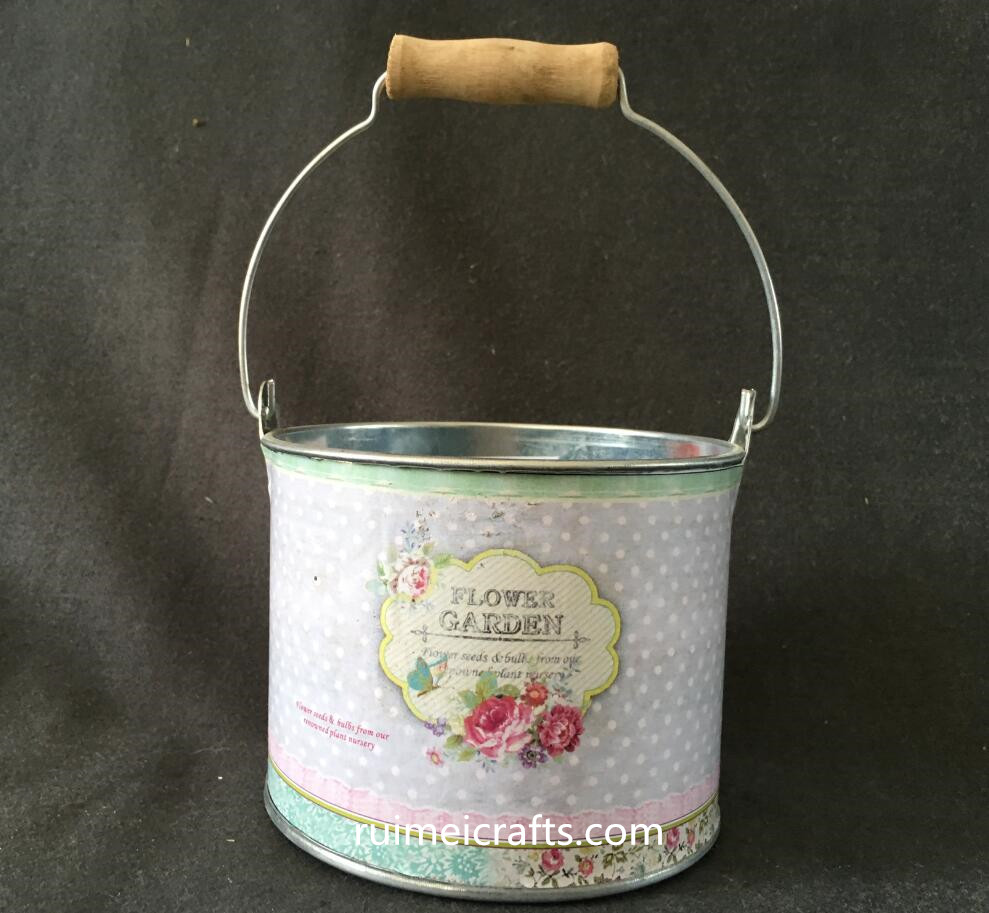 decal tin bucket