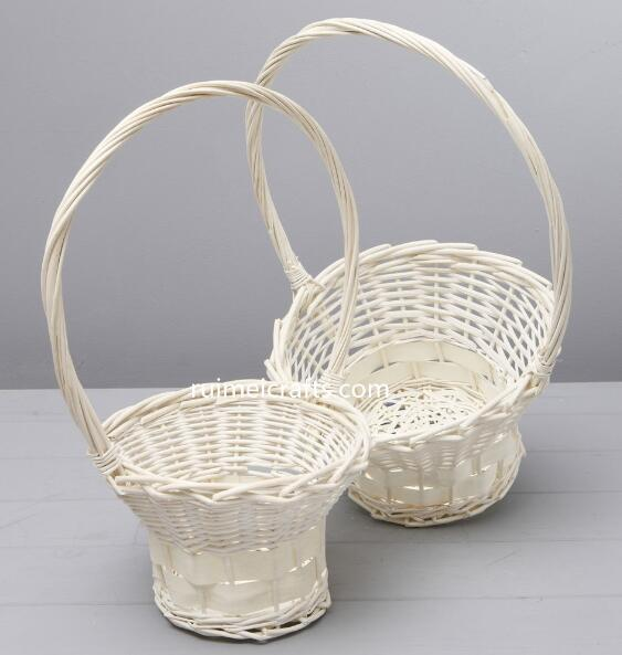 white rattan basket with single handle