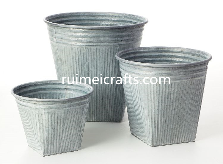 set of 3 metal flower pots