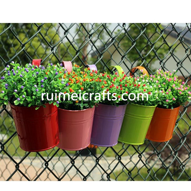 Wall Hanging Metal Bucket Garden Decoration