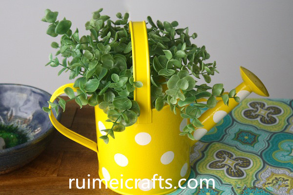 metal decoration watering can flower pot