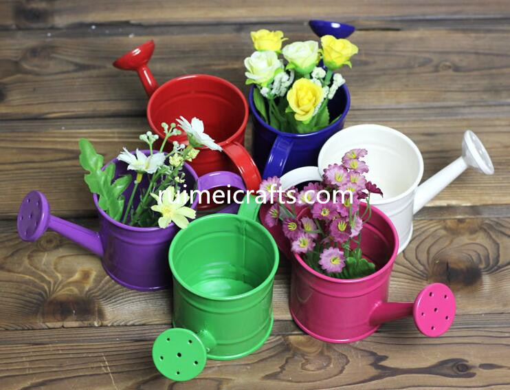 color metal watering can OEM garden flower pot