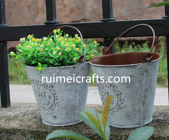 retro metal gardening flower bucket for home decoration