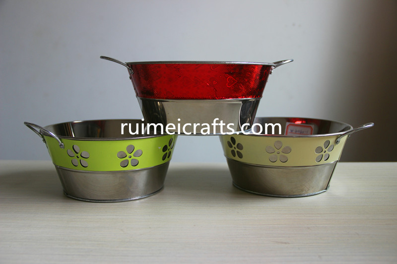 factory directly price color double layer hollow iron tub with grip