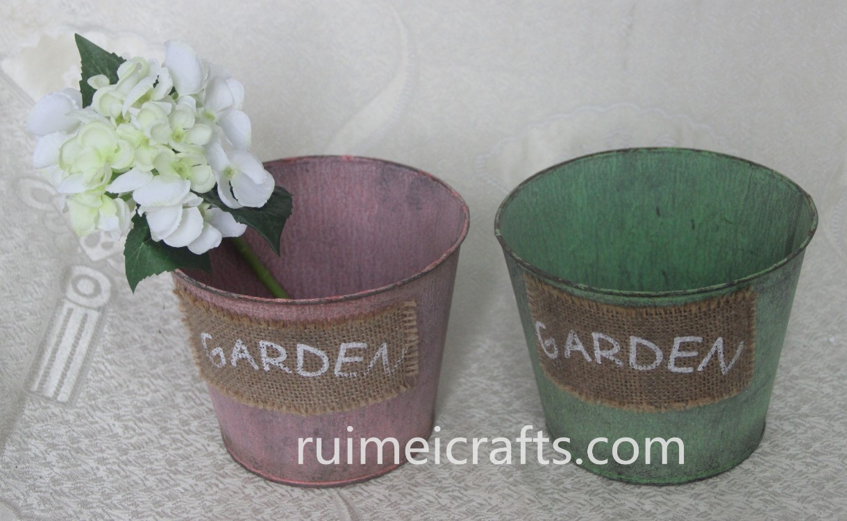 color vintage tin pots with sisal deco
