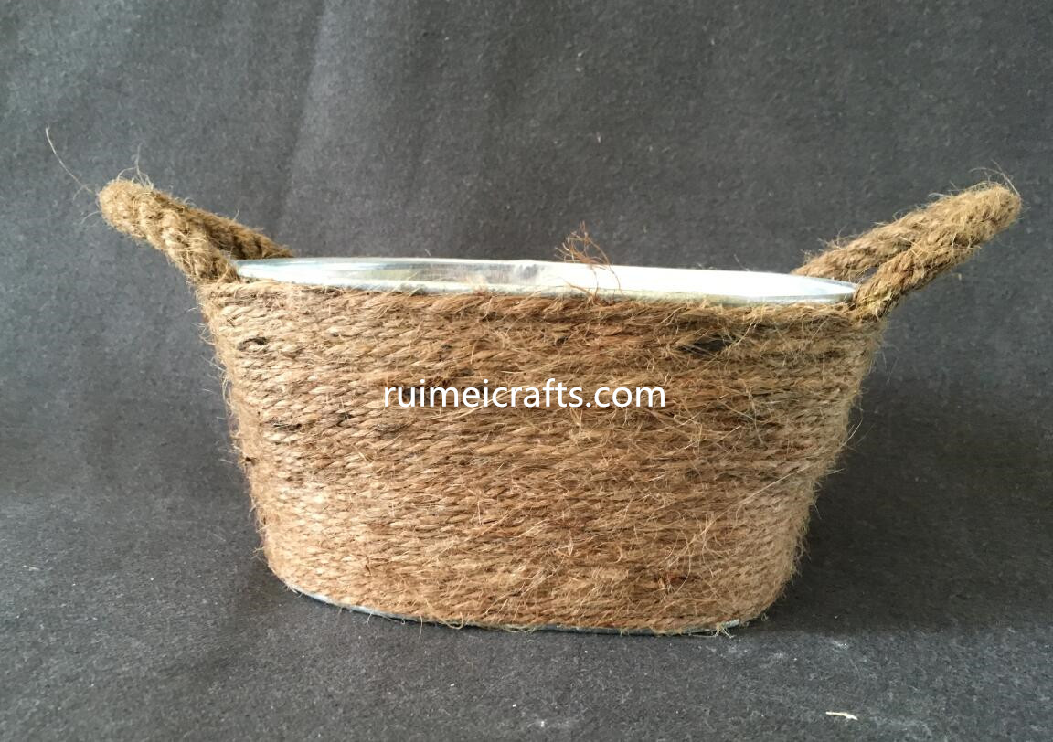 tin pot with sisal deco for storage