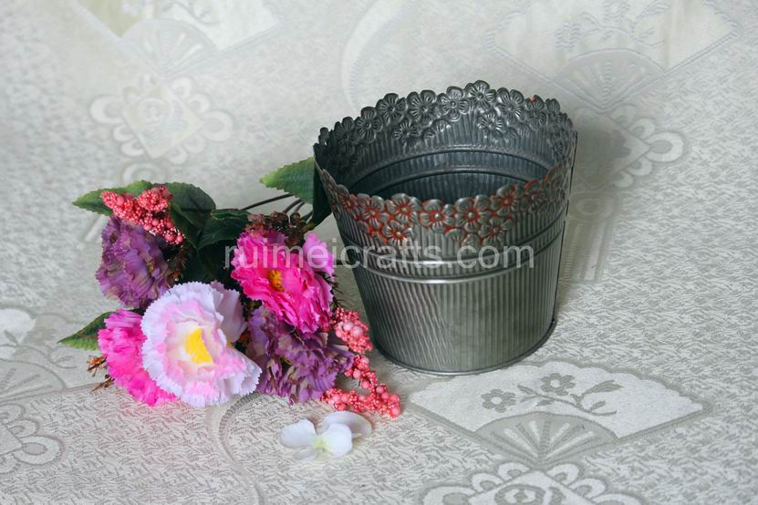 Antique Iron Carving Flower Pots