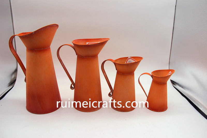 Europe style mat colr special design metal sheet watering can.jpg